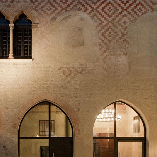 Progetto di design e fotografico per Ca'-dei-Ricchi.