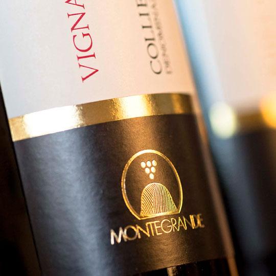 Progetto di design e fotografico per Montegrande.
