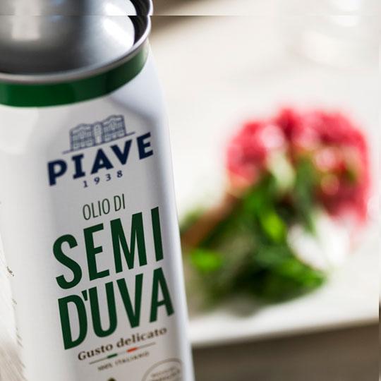 Progetto di design e fotografico per Olio-Piave.